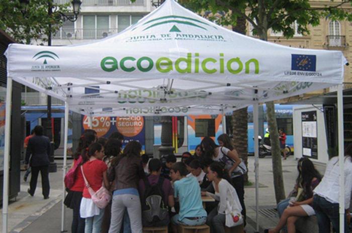 Talleres Ecoedición stand Feria del Libro